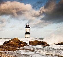 Stormy Seas by Smart Imaging by SmartImaging