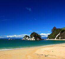 Kaiteriteri Beach in spring by Duncan Cunningham