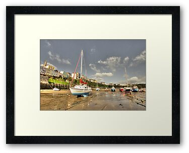 Tenby Harbour beach n boats  by Rob Hawkins