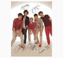 One Direction Signed T-Shirt 2 by kmercury