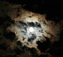 Spooky Moon by joycemlheureux