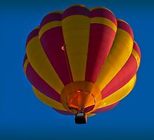 Hot air balloon overhead by Ralph Goldsmith