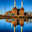Battersea Power Station by Stuart  Gennery