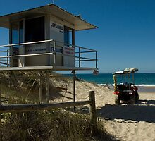 Surf Life Savers Pavilion by Graeme Rouillon