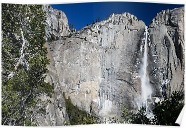 Yosemite upper falls, Yosemite national Park by PhotoStock-Isra