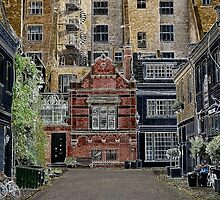 London mews by DmiSmiPhoto