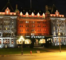 The Fairmont Empress Hotel by islandphotoguy