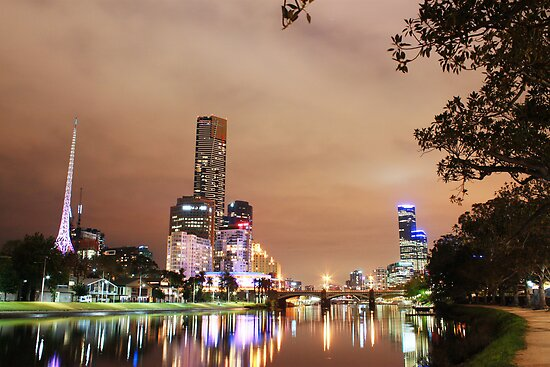 Southbank at night by nicomelbourne