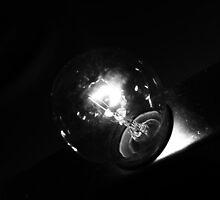 Light Bulb VII by taudalpoi