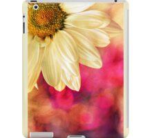 Daisy - Golden on Pink iPad Case/Skin