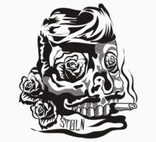SMOKIN SKULL by Stoln  Clothing