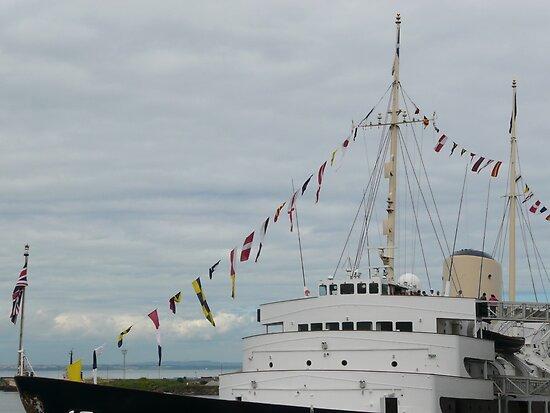 HMY Britannia flags by Woodie