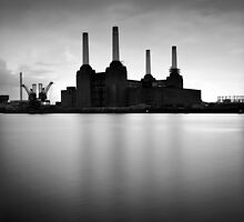 Battersea Power Station by Andy Howe