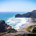 Piha Beach  by pommieken