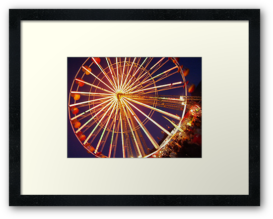 Feris wheel by Robert  Taylor