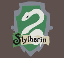 Slytherin Crest by Rosalind5