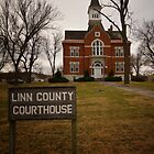 Linn County, Kansas, Courthouse by oakleydo