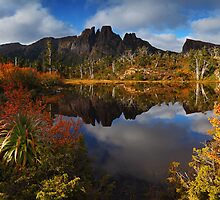 Memories of Geryon - Labyrinth Tasmania by Mark Shean
