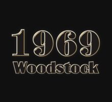 woodstock 1969  decoration Clothing & Stickers  by goodmusic