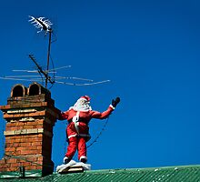 Santa on roof - greeting card by davidprentice