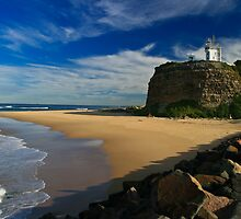 Nobby's Headland - Newcastle by David Hicks