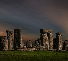 Stonehenge at dusk by eddiej
