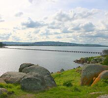 The Jetty (Causeway), Victor Harbor to Granite Island. by Gail Mew