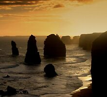 Sunsets over the Twelve Apostles by Chris Chalk