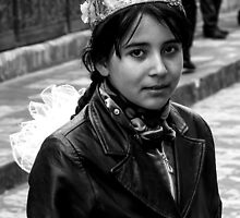 A school girl in Khiva by eddiechui