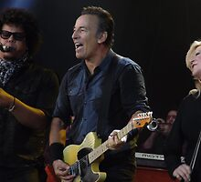 Bruce Springsteen & The E Street Band Hard Rock Calling 2013 by JRHRphotography