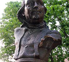Benjamin Franklin Keys Bust in Philly by Ren Provo