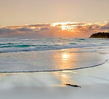 Winter on Straddie - North Stadbroke Island by Beth  Wode