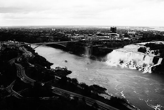 Niagara Falls Black and White by Elowrey