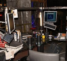The Torchwood Hub - Gwen Cooper's desk by simonbreeze