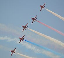 The Red Arrows  (Enid Formation) by mike  jordan.