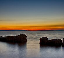 BURGHEAD HIGH TIDE SUNSET by JASPERIMAGE