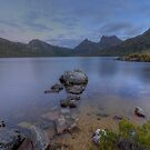 Peaceful Dove Lake. by Julie  White