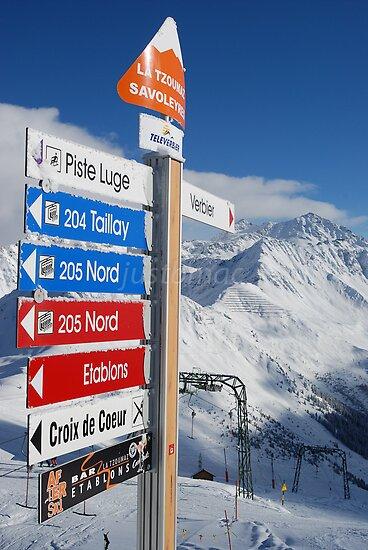 Savoleyres: Signed summit by justbmac