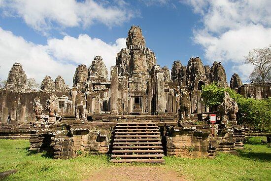Bayon Temple in Cambodia by Artur Bogacki