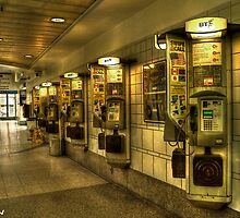 Victoria Coach Station payphone by josefbrianenojo