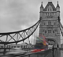 Tower Bridge, London by Ian Leyland