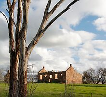 Australian Heritage Farmhouse by jwwallace