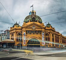 Rush Hour at Flinders Station by JohnKarmouche