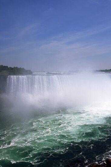 Niagara Falls by Jola Martysz