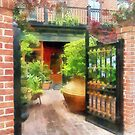 Baltimore - Restaurant Courtyard Fells Point by Susan Savad