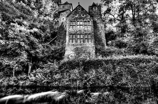 """""""La Fenderie"""" in Trooz, Belgium by Jeremy Lavender Photography"""
