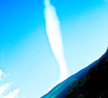 Rare cloud. by ALEJANDRA TRIANA MUÑOZ