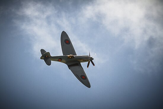 The Spitfire from The Battle of Britain Memorial Flight by willgudgeon