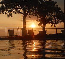 Classic Kona Sunset by Randy Richards