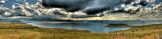 A River Thru The Berg Panoramic by Clive S